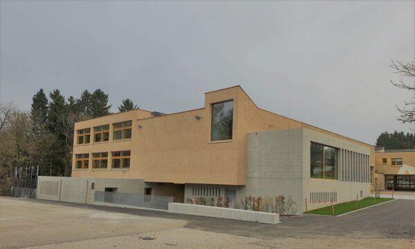 SCHULHAUS BRÜHL BERG